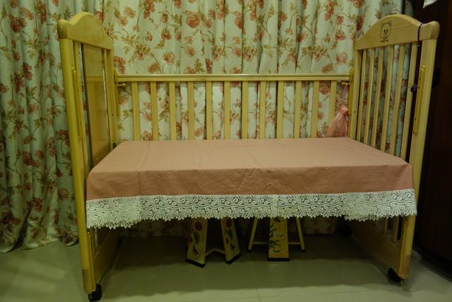 婴儿床用到国小-变身为成长书桌